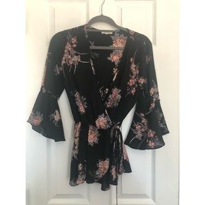 Bell sleeve floral top (size small)